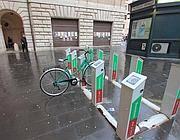 Una postazione di bike sharing in centro (Jpeg)