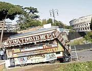 Un camion bar in via dei Fori Imperiali (Eidon)