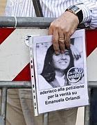 La petizione per la Orlandi (Ansa)