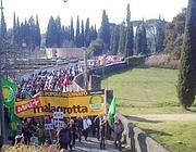 Una delle proteste contro la discarica a Corcolle, vicino Villa Adriana (Ansa)