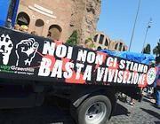 Manifestanti contro la vivisezione (jpeg)