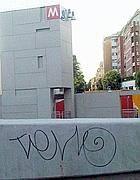 Il primo «tag» della metro B1 alla fermata Annibaliano (Frignani)
