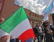 Cinecittà, manifestanti all'inizio dell'occupazione in giugno (Jpeg)