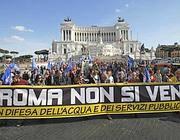 Una manifestazione in difesa dell'acqua pubblica a Roma  (Ansa)