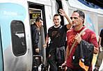 New York New York - Continua la trasferta americana della Roma di Zeman: nella foto Ansa il capitano Totti a Boston sale sul treno diretto a New York