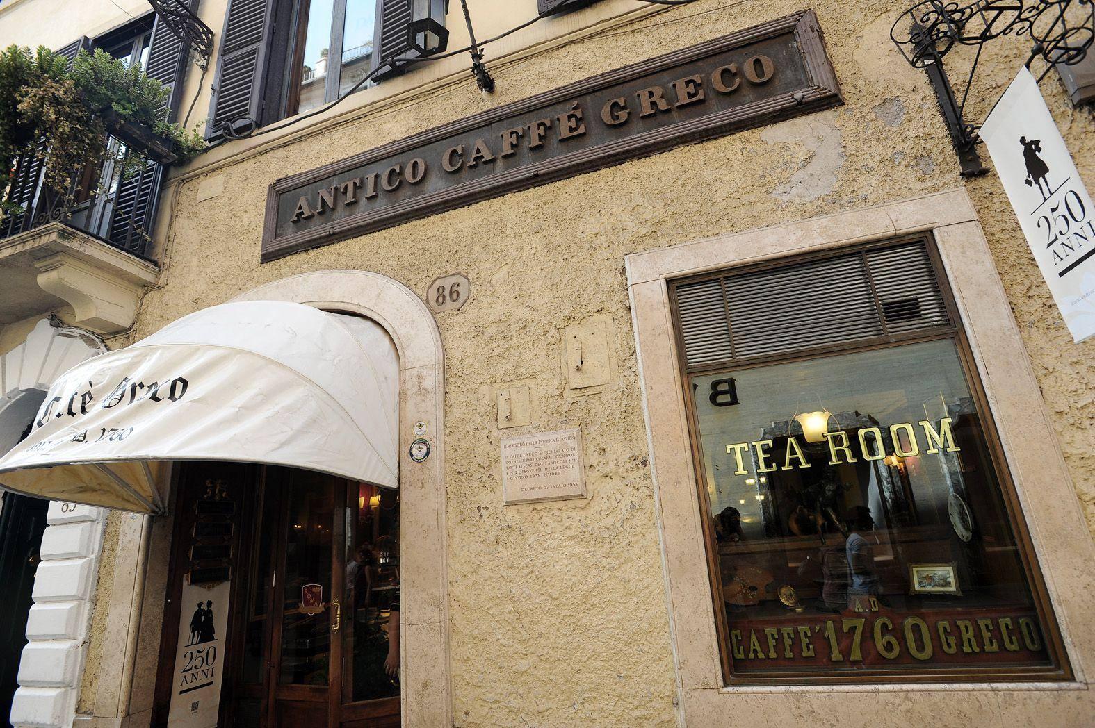 Lo storico caffè Greco di via dei Condotti (Jpeg)