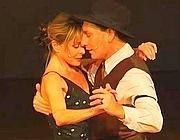 Fatima Scialdone balla con Eduardo Moyano
