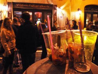 Il consumo di alcol dilaga soprattutto tra i giovani