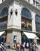 La vecchia sede de La Rinascente: il palazzo è ora occupato da Zara