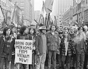 Una protesta studentesca contro la guerra (Fenton)