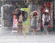 Un forte acquazzone ha colpito Roma già venerdì pomeriggio (Jpeg)