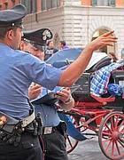 Controlli dei carabinieri su una botticella (Jpeg)