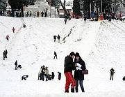 Neve al Circo Massimo nell'inverno 2011-12 (Ansa)