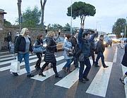 Protesta dipendenti Gemelli (Ansa)