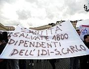 Una protesta dei lavoratori dell'Idi (Jpeg)