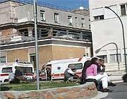 La protesta del personale che lavora in subappalto per la Croce Rossa