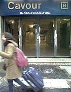 Stazione Cavour chiusa  (Jpeg)