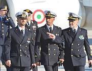 I due marò con l'ammiraglio Binelli Mantelli (Jpeg)