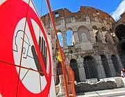 Cartelli per la zona di sicurezza attorno al Colosseo (Jpeg)