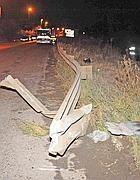 Il guard rail sfondato dall'auto