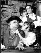 Montesano con Alida Chelli, Bice Valori e Aldo Frabrizi in «Rugantino»