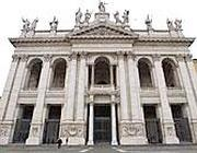 La basilica di San Giovanni (foto Ansa)