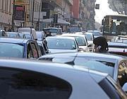 In fila sulla via Appia Nuova (Jpeg)
