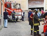 I pompieri sul luogo della tragedia (foto Faraglia)