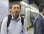 Ignazio Marino in metro (Jpeg)