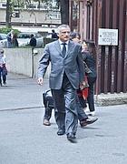 L'ex presidente della Regione Lazio Piero Marrazzo esce dal tribunale (Jpeg)