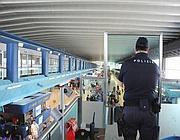 La Polizia in aeroporto (Proto)