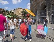 Venditori ambulanti al Colosseo (Jpeg)