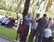 I «giochi» nel prato dell'Hotel (Foto Jpeg)