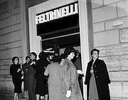 L'inaugurazione della libreria del Babuino nel 1964 (foto Istituto Luce)