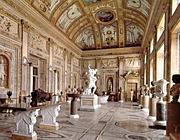 L'interno della Galleria Borghese