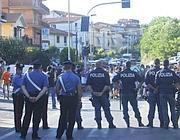 Schieramento di forze dell'ordine (Jpeg)