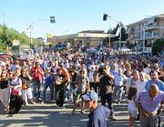 Una protesta dei residenti sull'Ardeatina contro la nuova discarica