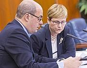 L'assessore al Bilancio Alessandra Sartore con il presidente Nicola Zingaretti (Jpeg)