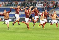 La Roma festeggia la vittoria (Ap)