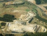 Un'altra veduta aerea della discarica di Cupinoro