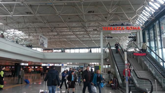 Fiumicino Un Aeroporto Br Con Luci E Ombre