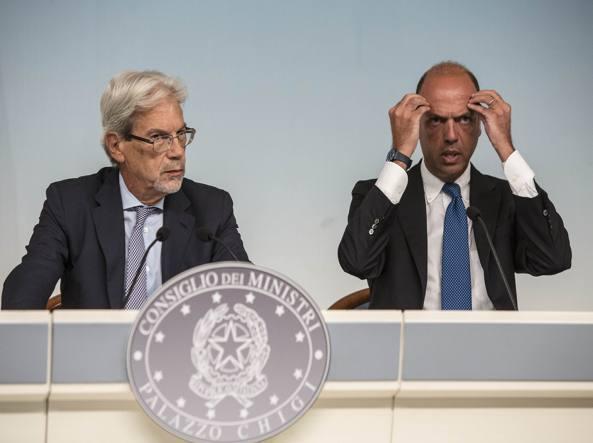 Angelino Alfano e Claudio De Vincenti (Jpeg)