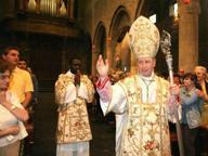 Il Papa manda in pensione Oliveri, il vescovo che accolse i pedofili