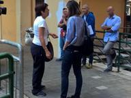 Picchiato in metro a Roma, la madre: «Sono intervenuta e hanno colpito anche me. Ma nessuno ci ha aiutati»