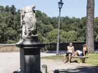 Lo scempio del Pincio, le statue distrutte da degrado e abbandono
