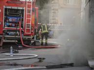 Corso Vittorio, fiamme in un palazzo a fuoco una centralina elettrica