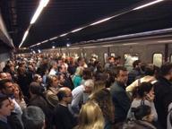 Metro B ferma da Castro Pretorio a Laurentina: attivi i bus sostitutivi Nuovo incendio a corso Vittorio