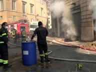 Ancora fiamme a corso Vittorio Sgomberato un palazzo, deviati i bus