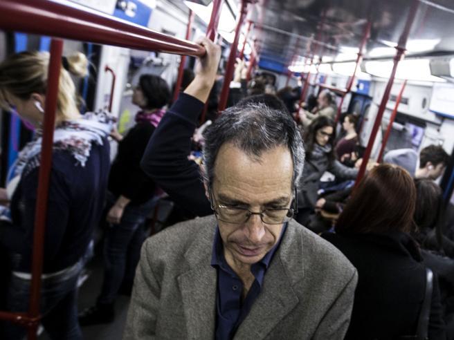 Roma, «Noi, pendolari dannati»Il portavoce dei dimenticati