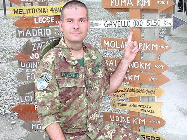 Afghanistan, i mezzi blindati e il giallo del capitano suicida